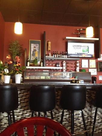bar-with-tv-and-orchids.jpg